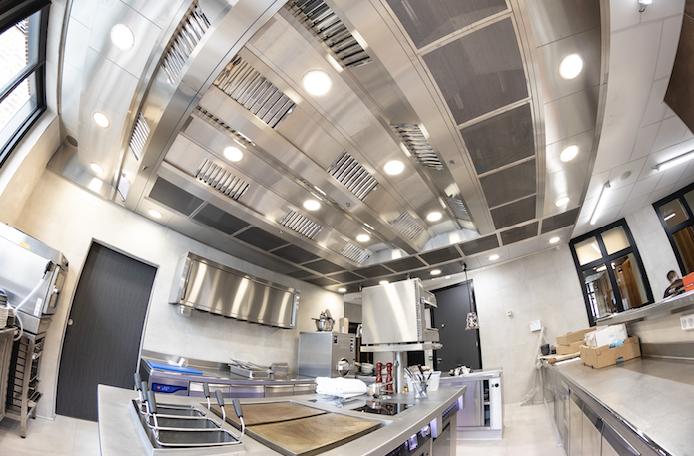 Un Plafond Filtrant Isotech Alvene Pour La Maison Prévost Grandes